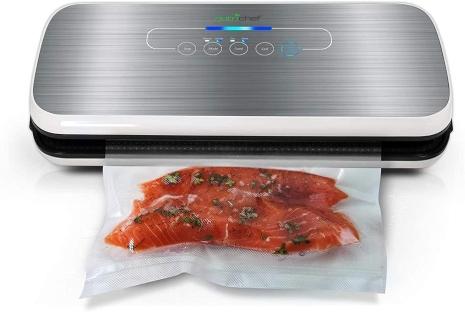 vacuum sealing way of preserving food