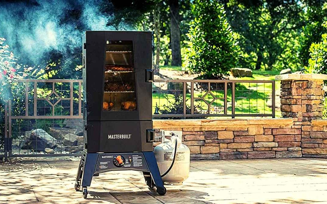 7 Best Gas Food Smokers For Home in 2021