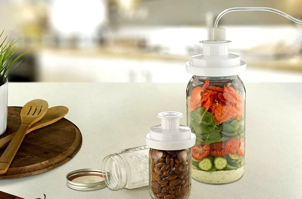 FoodSaver Wide-Mouth Jar Kit to vacuum seal mason jars